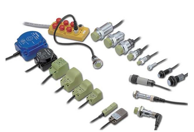 Рис. №7. Бесконтактные путевые выключатели (датчики).
