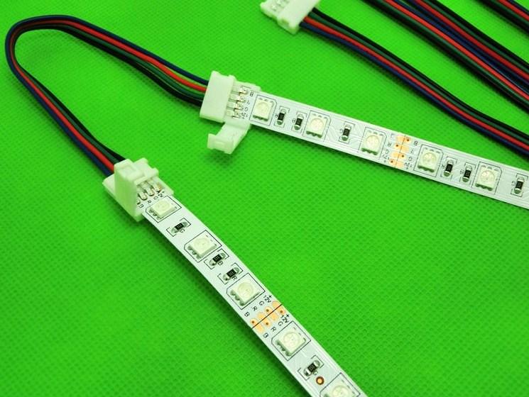 Подключение с помощью LED коннектора